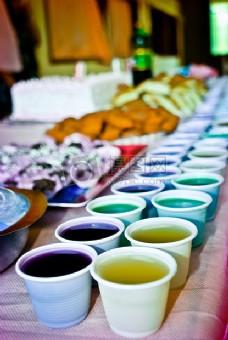 多彩水果饮料