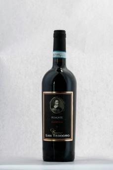 干红葡萄酒图片