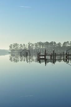 湖面上的美景