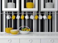 厨房橱柜上的餐具杯具图片
