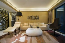 简约客厅圆形茶几装修室内效果图