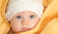 蓝眼睛孩子图片