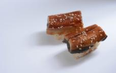 厚烧鳗鱼寿司图片