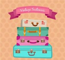 叠加的彩色行李箱