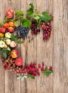新鲜浆果与水果