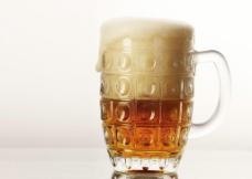 一杯啤酒图片