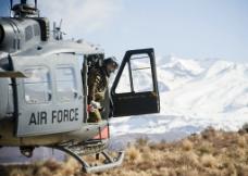 直升机救援图片