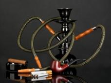 香烟雪茄与水烟壶烟斗