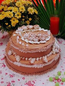 多层蛋糕图片