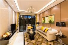 欧式客厅水晶吊灯装修效果图