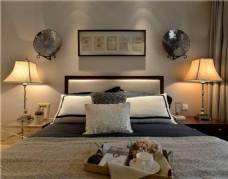 简约卧室壁灯装修效果图