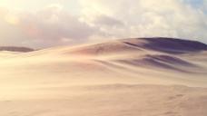 阳光下沙漠风光