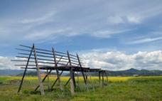 干草架图片