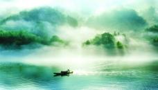 中国风江边晨雾图片