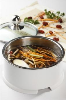 火锅三菌三鲜锅图片