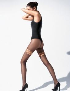 美腿丝袜美女图片