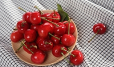 大红灯樱桃图片