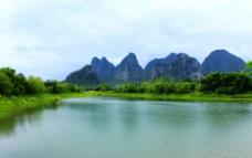 桂林琴潭湖光山色图片