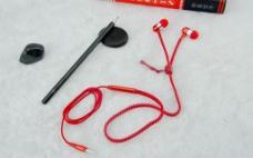 拉链耳机 耳机  红色 摄影图片