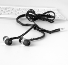 拉链耳机 耳机 音乐 摄影图片