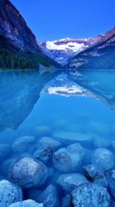 露易丝湖图片