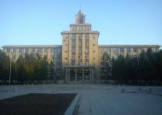 东大教学楼图片