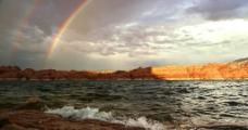 唯美海边彩虹图片