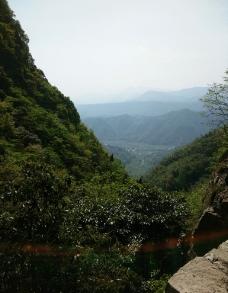 山谷风景图片