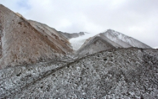 高原雪山图片