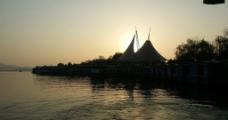 夕阳 湖景图片