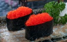 蟹籽军舰寿司图片
