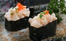带子军舰寿司图片