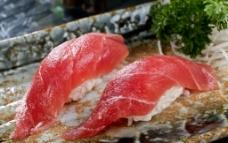 金枪鱼寿司图片