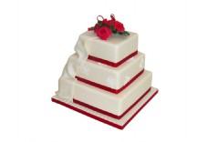 白色三层蛋糕png元素